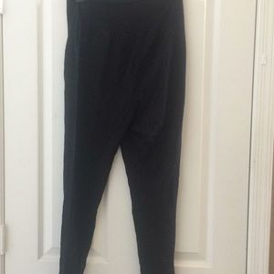 Time and tru maternity leggings small